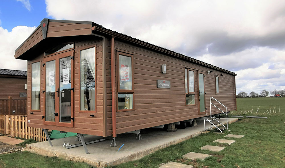 Lodge-60-Pemberton-Abingdon-Lodge-photos-actual-1