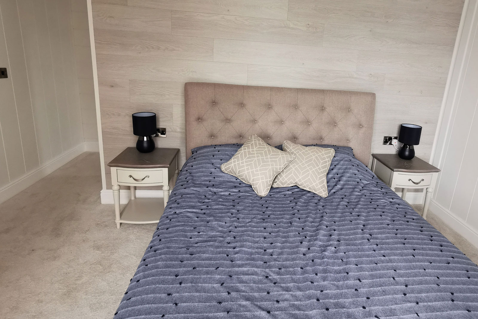 Prestige-Hampton-Lodge-50x22-13